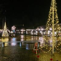 Stadplatz Plattling mit Weihnachtsbeleuchtung