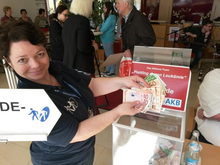 AKB Spendenbox
